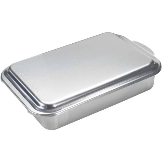 NordicWare 9 In. x 13 In. Aluminum Cake Pan with Lid